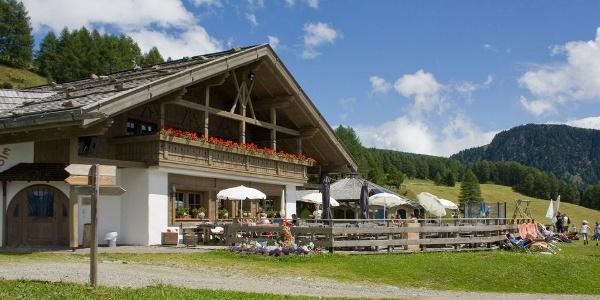 Ein traumhaft idyllisches Örtchen zum Verweilen, ist die Sunnolm im Freizeitgebiet Reinswald im Sarntal.