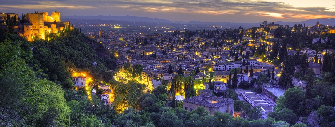 Wandern in Granada / Andalusien am Abend