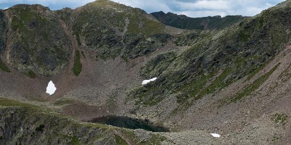 Kassiansee und Kassianspitze (rechts)
