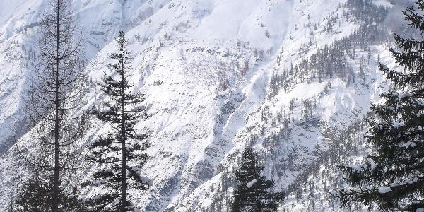 Blick auf die Seekarspitze mit der breiten, von Skitourengängern befahrenen Ostflanke