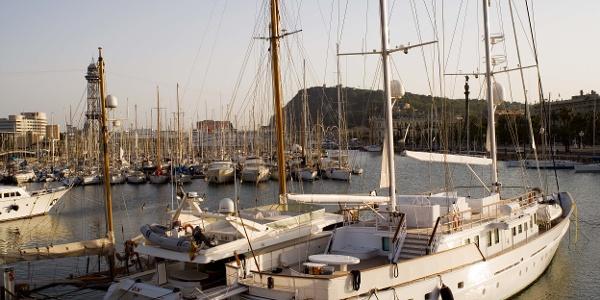 Am Jachthafen von Barcelona