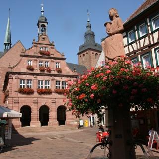 Historisches Rathaus am Marktplatz in Buchen (Odenwald)