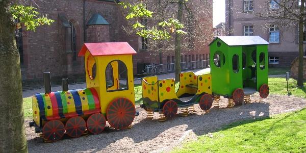 Kinderspielzeug am Wimpinaplatz