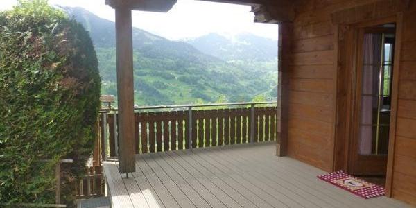 Terrasse mit Sommer-Panoramablick