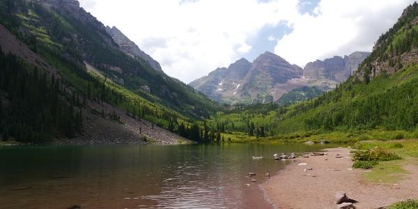 Maroon Lake and Crater Lake Trail • Hiking Trail