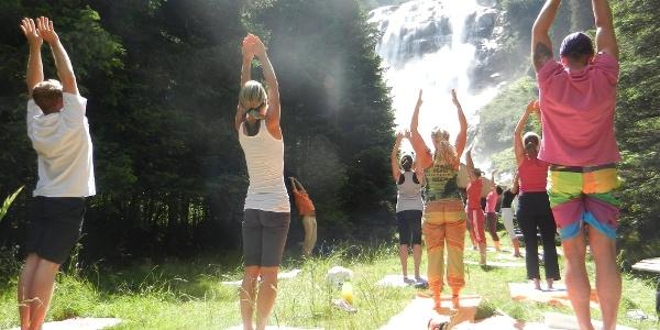 Yoga Energieplatz Grawa Wasserfall
