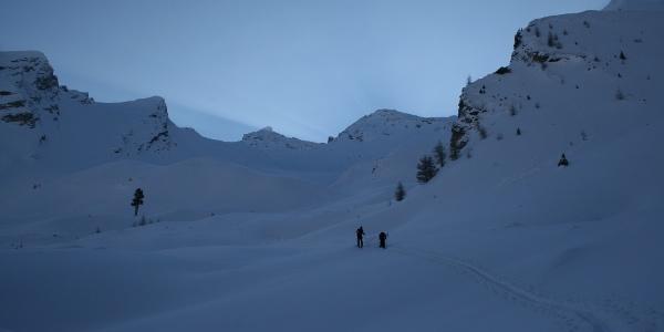 Oberhalb der Waldgrenze wartet ein herrlich gestuftes Skigelände auf die Tourengeher (Blick in Richtung Sumpfschartl).