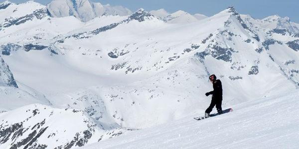 Blick vom Mölltaler Gletscher zum Sonnblick