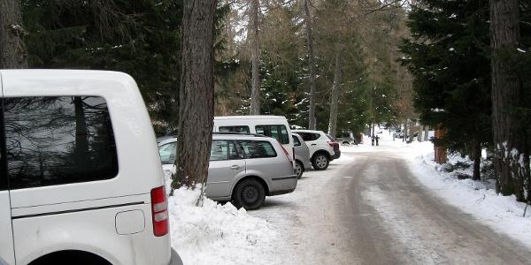 Start beim Parkplatz beim Gasthaus Waldbauer