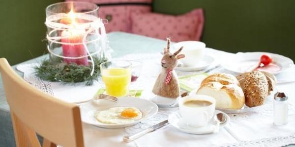 gemütlicher Frühstücksraum