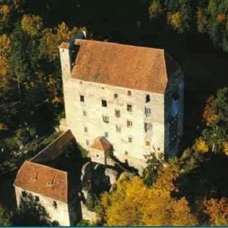 Burg Neuhaus