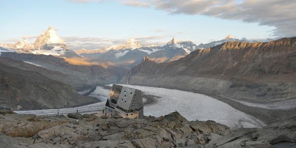 Monte Rosa Hütte SAC (2'883)