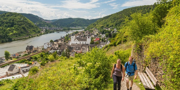Climbing up the steep slate path: looking over to Treis-Karden with St. Castor