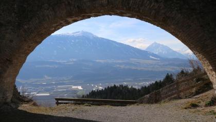 Vom Thaurer Schlössl-Blick ins Inntal