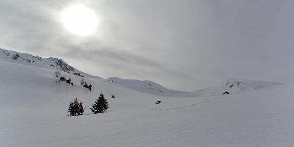 Von links nach rechts die Vennspitze 2.390 m und ganz rechts der Padauner Berg 2.230 m