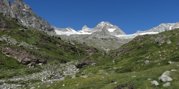 On the way to the Rothorn hut, a little above Trift