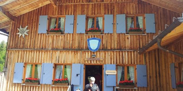 Tutzinger Hütte von Süden