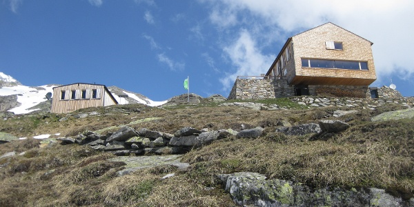 Olpererhütte, links der Winterraum